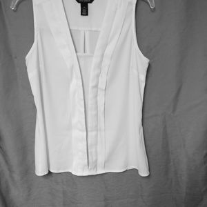 WHITE HOUSE | BLACK MARKET BLOUSE SIZE XS